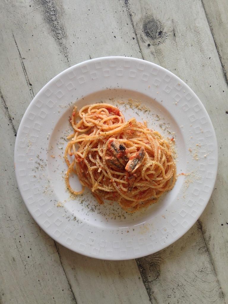 Spaghetti con alici fresche - imitazione di Bacco a Savona